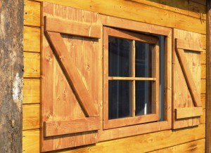 Almhütte Fenster